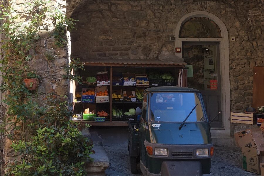 The green grocer's in Castellvittoria